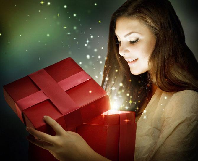 Какой подарить подарок подруге на новый год